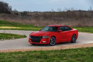 2015-dodge-charger-rt-003-1