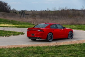 2015-dodge-charger-rt-013-1