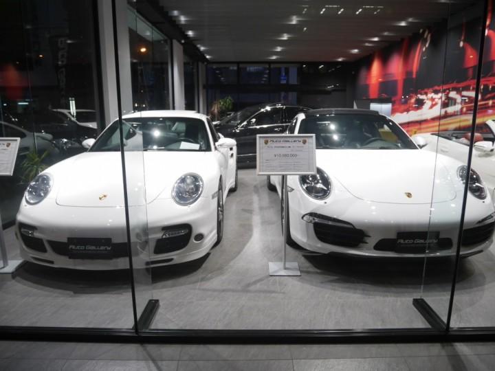人気のポルシェ 911が2台入庫です