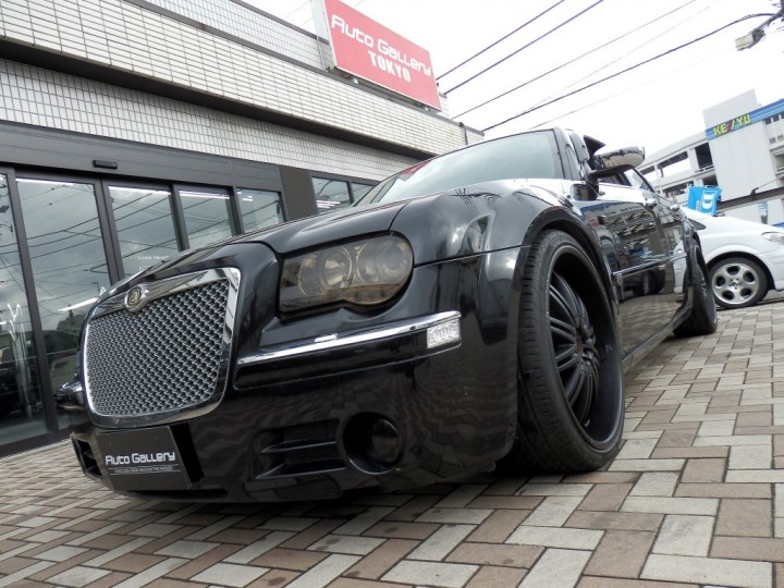 300C BLACKEDITION